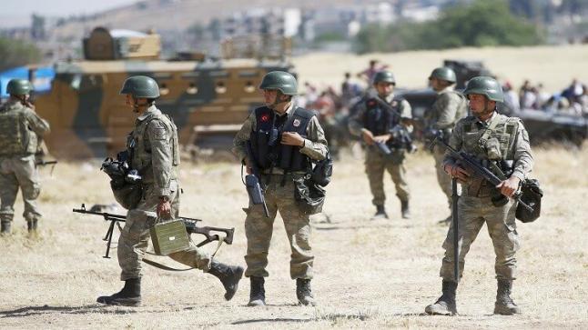مقطع فيديو منتشر على مواقع التواصل يتسبب في إيقاف جنود أتراك وتحويلهم للتحقيق