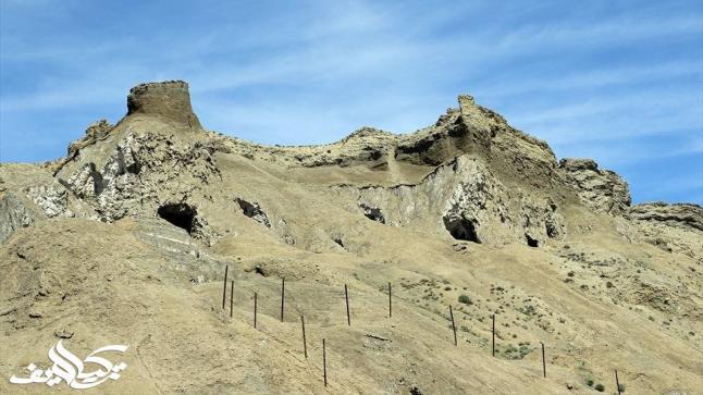 جبل توزلوجة الملحي في تركيا الأكثر زيارة من السياح للعلاج