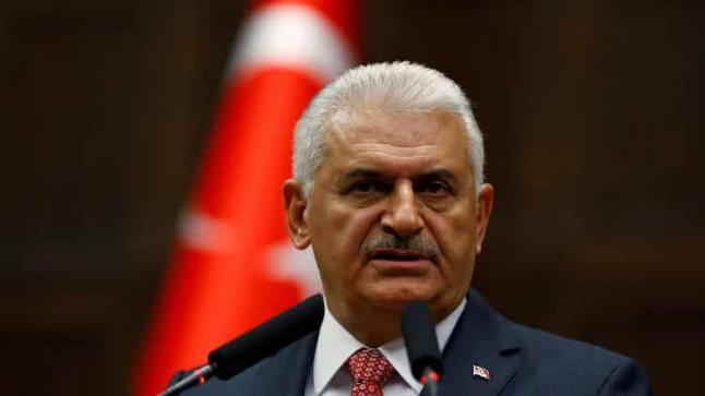 رئيس الوزراء التركي يقلل من أهمية قرار البرلمان الأوروبي بتعليق مفاوضات الإنضمام