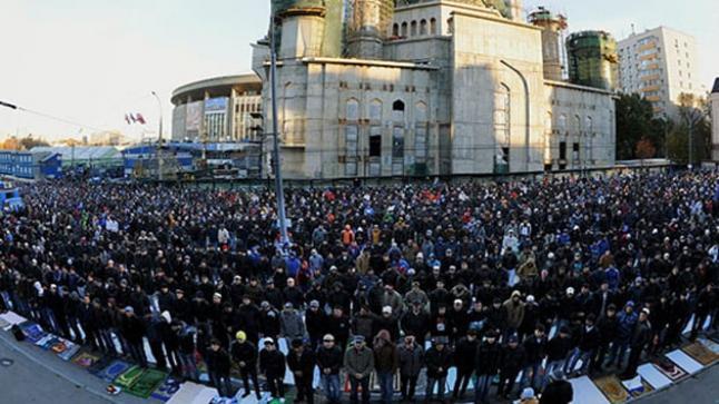عيد الفطر غدا الأحد في تركيا ومواعيد صلاة العيد حسب ما أعلنته رئاسة الشؤون الدينية