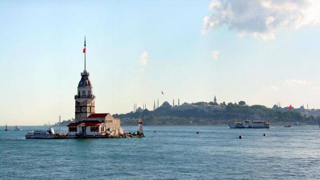 تقرير من وزارة الثقافة والسياحة التركية يشير إلى أعداد السياح في إسطنبول خلال ستة أشهر