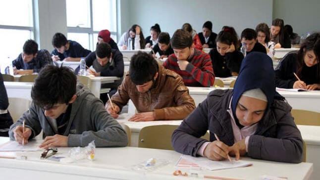 ما يجب عليك معرفته قبل دخول إمتحانات الدورة الثالثة من التعليم المفتوح Açık öğretim 2017